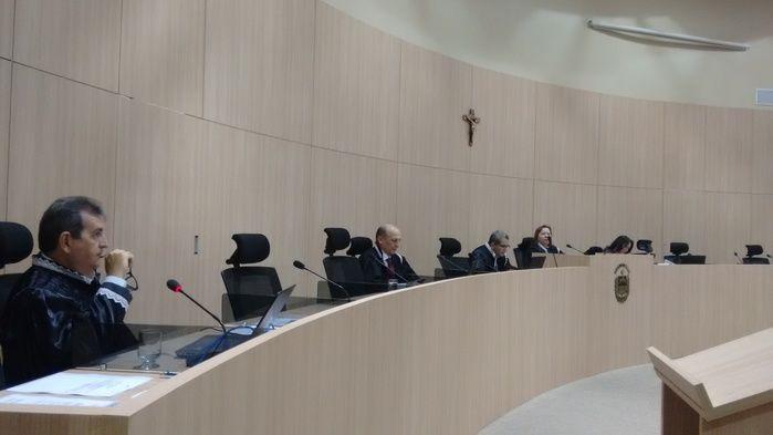 Plenário do TCE nesta quarta-feira