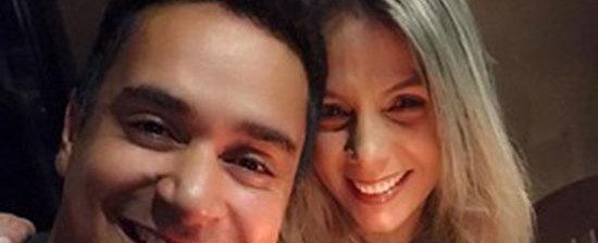 Carla Perez comemora aniversário ao lado de Xanddy e posta foto