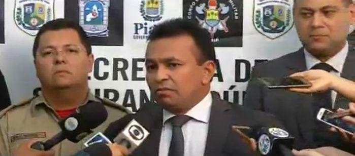 Secretário de Segurança, Fábio Abreu durante coletiva de imprensa