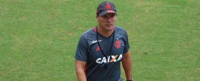 Desgastado, Flamengo 'esquece' futebol bonito e prioriza vitórias