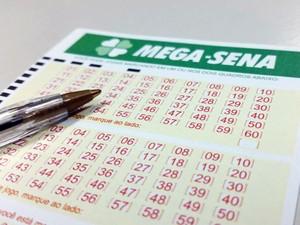 Mega-Sena pode pagar R$ 8,4 milhões neste sábado (Crédito: Reprodução)