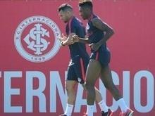 Flamengo tenta Vitinho e faz Internacional acender o alerta