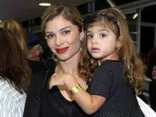 Grazi Massafera diz que filha tem vocação para ser atriz: