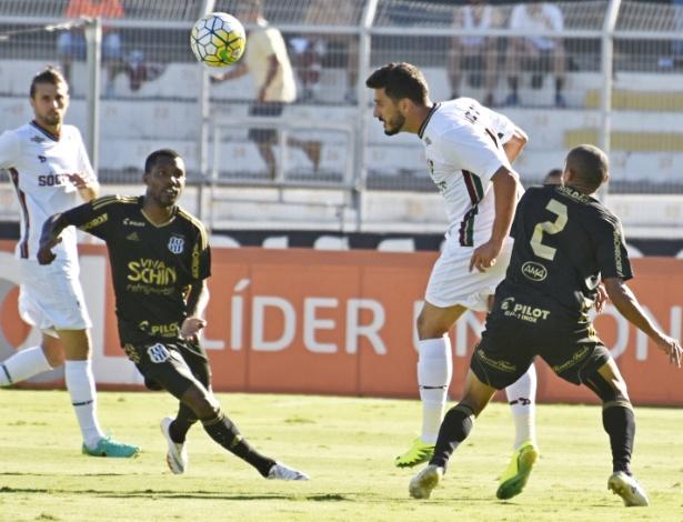 Lance do jogo entre Ponte Preta e Fluminense (Crédito: Reprodução)