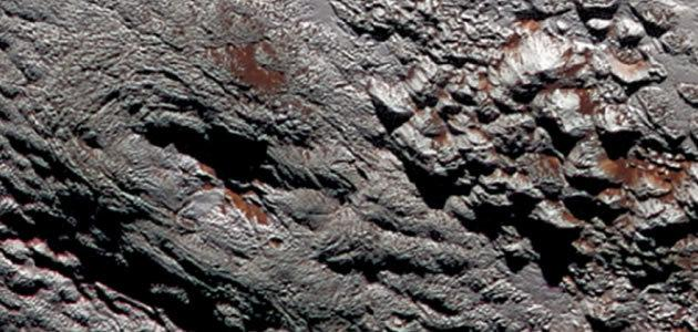 Oceano congelado pode estar sob superfície de Plutão