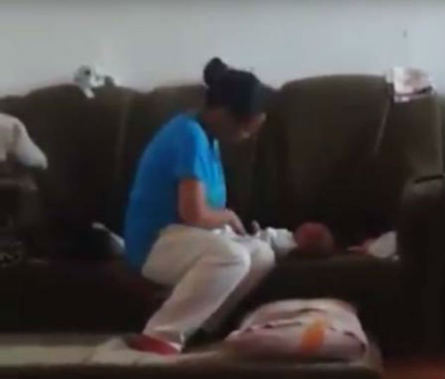 Mulher bate 42 vezes no bebê