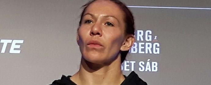 """Cyborg provoca Ronda: """"Ela não quer aceitar lutar comigo"""""""