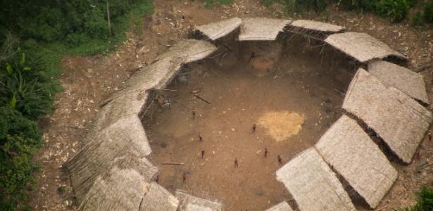 Maloca onde os índios vivem (Crédito: Guilherme Gnipper Trevisan/Hutukara)