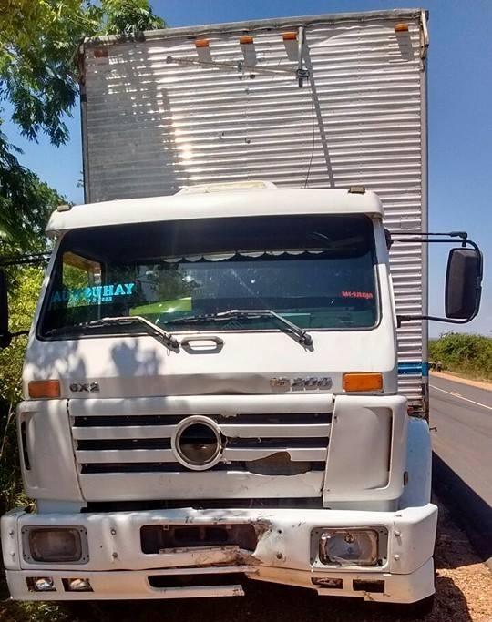 Caminhão envolvido no acidente (Crédito: Reprodução)