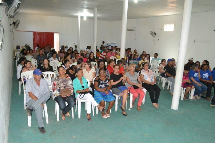 Agentes comunitários de saúde e de endemias participam de reunião - Imagem 40