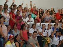 Agentes comunitários de saúde e de endemias participam de reunião