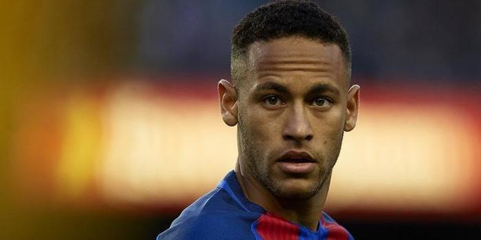 Após pedido de prisão, Neymar se pronuncia pela primeira vez