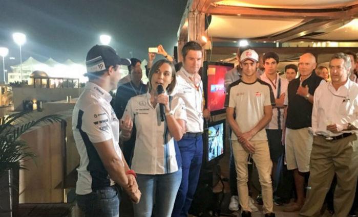 Felipe Massa é homenageado pela Williams, com a presença de integrantes de equipes rivai