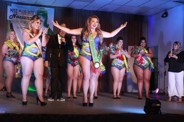 Scheila Dorneles é eleita Miss Plus Size