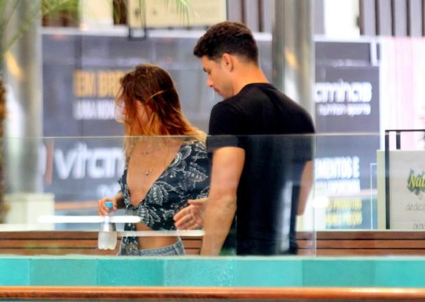 Cauã Reymond e Mariana Goldfarb (Crédito: Reprodução)