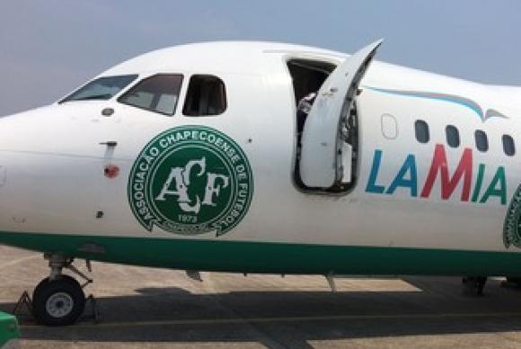 Avião que levava a delegação da Chapecoense (Crédito: Reprodução)