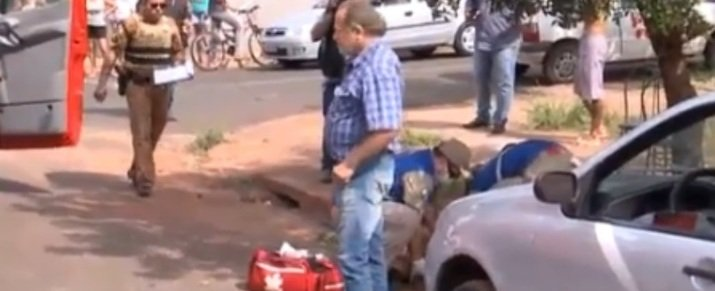 Homem esfaqueia irmão depois de discussão em Maringá