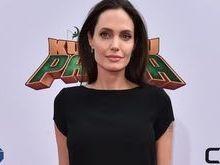 Angelina Jolie está pesando 34 kg após separação: 'Puro osso'