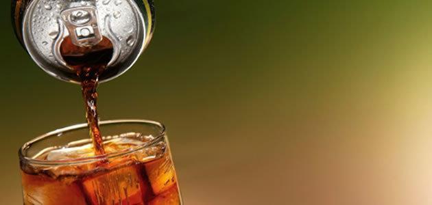 Saiba o que acontece com seu corpo quando bebe refrigerante