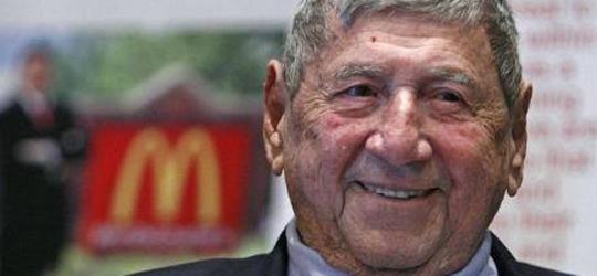 Morre aos 98 anos, Delligatti, o criador do sanduíche Big Mac