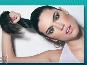Amarrar o cabelo, causa dor de cabeça nas mulheres? Veja!