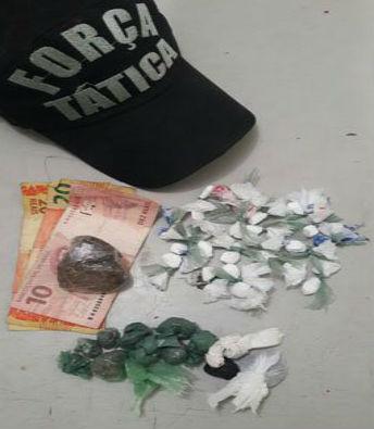 Droga encontrada com o acusado (Crédito: Divulgação)