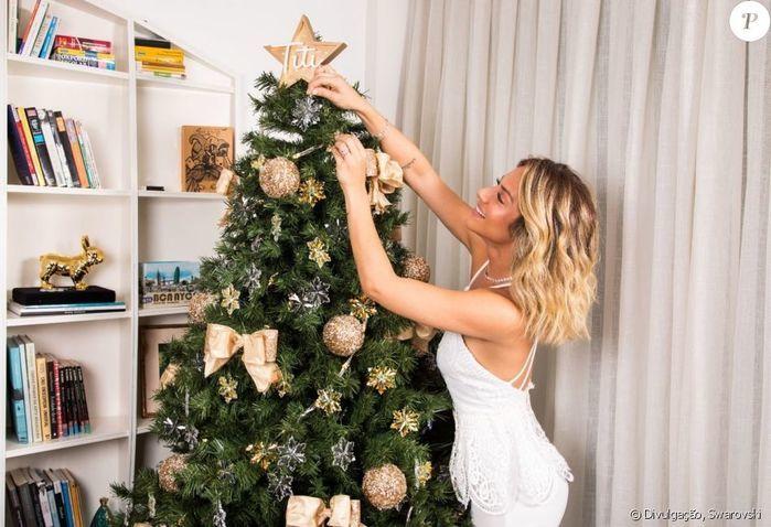 Giovanna Ewbank faz homenagem para a filha, em árvore de Natal
