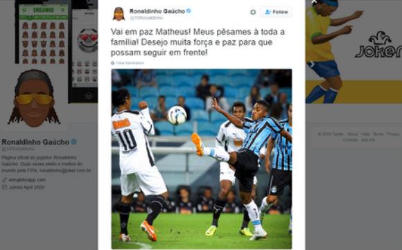 Em rede social, Ronaldinho lembrou amigo Matheus Biteco, um dos 19 jogadores mortos em acidente da Chapecoense (Crédito: Reprodução)