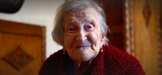 Ovos crus todo dia: Mulher de 117 anos ensina dieta da longevidade