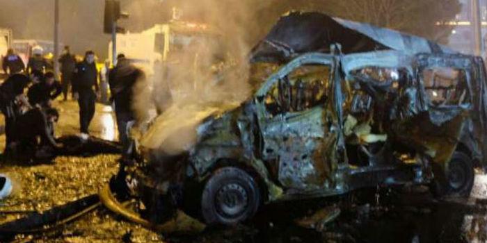Pelo menos 38 pessoas morrem em duplo atentado em Istambul