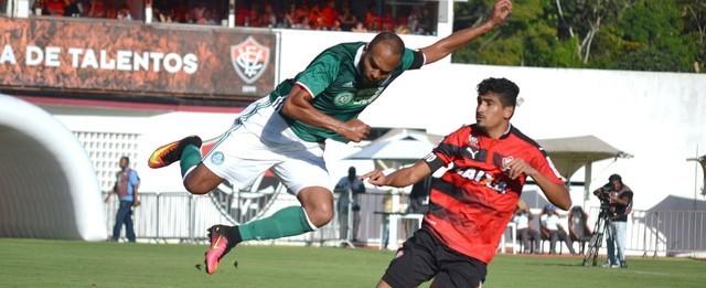 Com time reserva, Palmeiras termina campeonato ganhando do Vitória