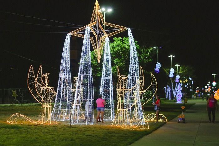 Decoração natalina no Parque da Cidadania (Crédito: Reprodução)