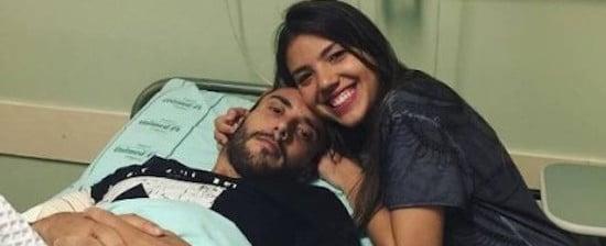 """Alan Ruschel posa com a irmã em hospital de Chapecó: 'Grata a Deus"""""""