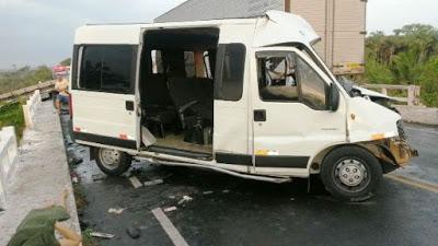 Veículo envolvido no acidente na BR-316 (Crédito: carlinhosfilho)