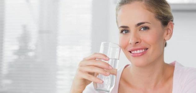 Beber água demais pode trazer malefícios a saúde