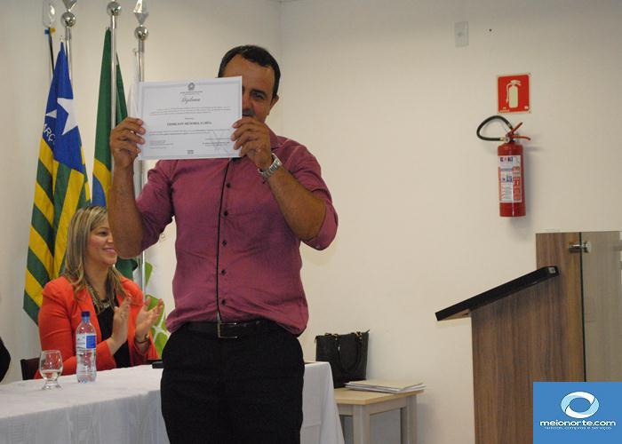 Prefeito, Vice, vereadores eleitos e suplentes são diplomados   - Imagem 4