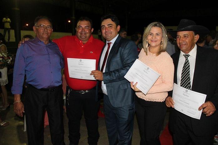 Márcio Alencar e Hermilinda Gomes são diplomados prefeito e vice - Imagem 92