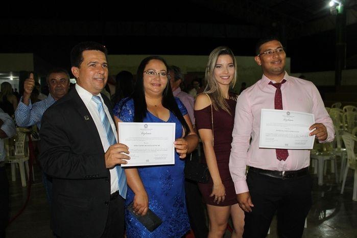 Márcio Alencar e Hermilinda Gomes são diplomados prefeito e vice - Imagem 98