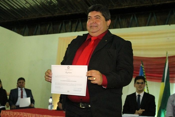 Márcio Alencar e Hermilinda Gomes são diplomados prefeito e vice - Imagem 56