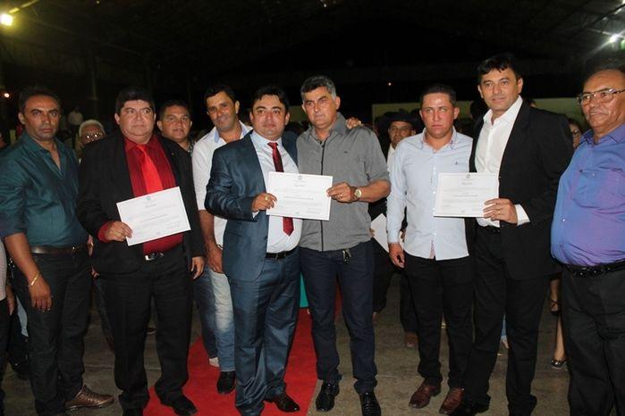 Márcio Alencar e Hermilinda Gomes são diplomados prefeito e vice - Imagem 74