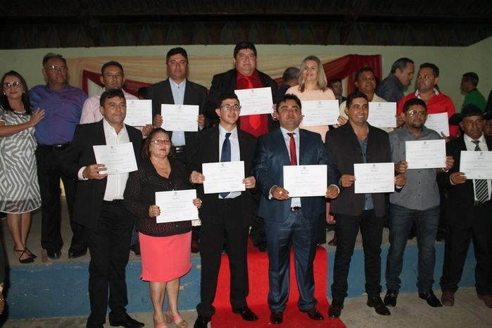 Márcio Alencar e Hermilinda Gomes são diplomados prefeito e vice - Imagem 64