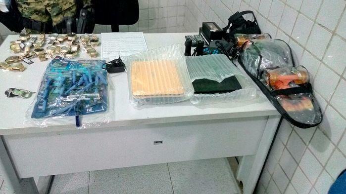 Homem é preso com mercadoria avaliada em R$ 30 mil reais