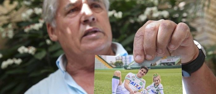 Pai do zagueiro Filipe Machado fez criticas ao presidente Temer (Crédito: O Globo)