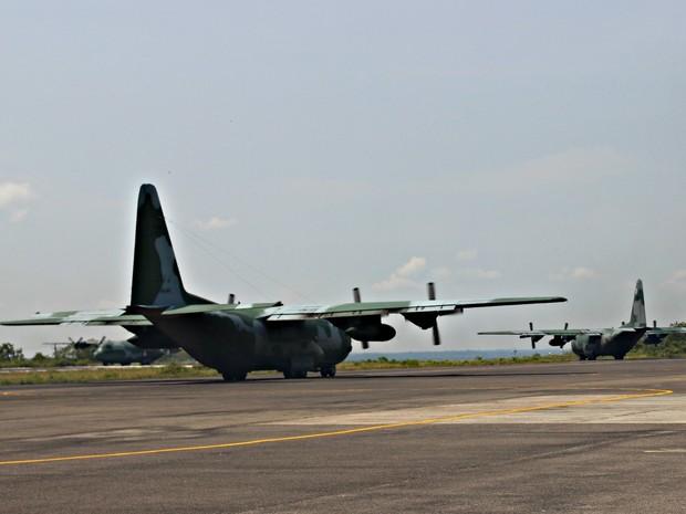 Aeronave C-130 Hércules da Força Aérea Brasileira (Crédito: Suelen Gonçalves/ G1 AM)