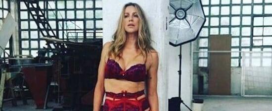 'Já abriu a porta para o maridão de lingerie?', provoca Piovani