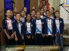 """""""Coral Simões Filho Para Todos"""" reúne crianças para celebrar Natal"""