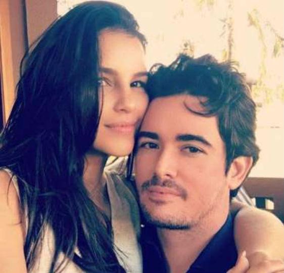 Marina Rios se declara para novo namorado em rede social