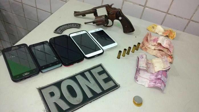 Dupla suspeita de praticar assaltos é presa na Usina Santana
