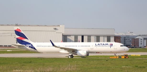 Modelo de avião semelhante ao utilizado pela Latam para o voo JJ8030 (Crédito: Reprodução)