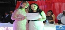 Em Sessão Solene Elizabete Brandão recebe Título de Cidadã Lagoense